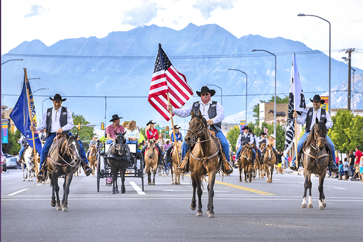 Fiesta Days Grand Parade. Photo by Eric Melander.